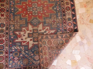 shirvan lezgi particular design size 153x105 need some repair