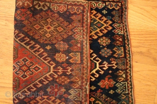 Gorgeous antique Qashqai bagface, fine weave, full pile, feels like velvet. 22.5 x 17 inches.