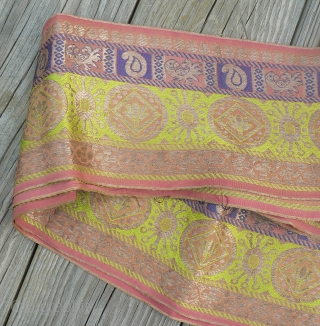 Beautiful old handloomed silk brocade sari borders from Gujarat, India. These are beautiful old sari borders woven in brocade technique with gold metallic thread, each one is approximately 5 inches wide and  ...