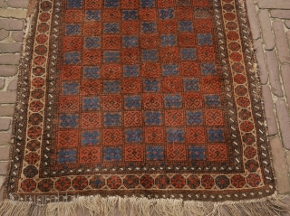 attractive Baluch rug, apart from the borders in good solid condition, with slight corrosion. the borders can be folded to the back as you can see on picture two. 