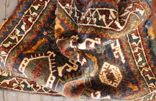Cloud band Khamseh bag, natural colours, perfect condition, soft wool, pliable, full pile,made around 1920, a beauty! 78x73 cm.