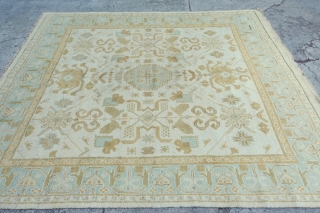Happy 2020  fresh arrival: Antique square like Oushak or Amritsrar  10'4 x 8'9 or in EUROPE 321 x 272cm  $ 2115 + $ 99 ship