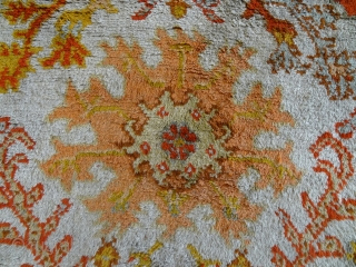 ORIGINAL ANTIQUE 1880's ORIGINAL GREAT PILE WOOL DECORATIVE OUSHAK