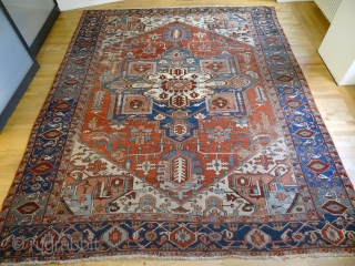 ANTIQUE SERAPI