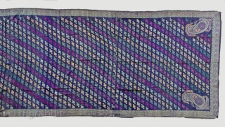 Baluchari Sari from Bengal, India. Brocade, woven on a Jacquard loom with continous and discontinuous supplementary weft . 110 x 455 cm; 19th century. Somehow brittle, a few small holes, but overall  ...
