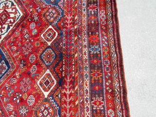85X122inch Collectable Qashqai Shiraz 7.1X10.2ft. Mid 20th. Great drawing and design, Weaving character with about 15 borders. Excellent pile