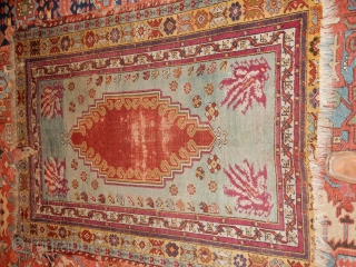 FINE OLD TURKISH RUG - LARGE 4 X 5 FOOT SIZE - ALL WOOL CONSTRUCTION- GOOD PILE WITH END AND SIDE DAMAGE AS SHOWN -