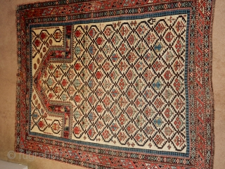 IVORY FIELD MARASALI - SQUARE SIZE OF 4 FT X 4 FT 4 INCHES - EXCELLENT PILE- BEST BLUE DYE USED FOR LATTICE