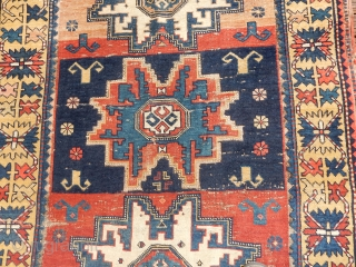 SMALL FINE LESGHI WITH CLASSIC GOLD BORDER - HAS A BIT OF CHEMICAL RED DYE  IN MINOR SPOTS..   SIZE OF 40 X 55 INCHES   B.O.
