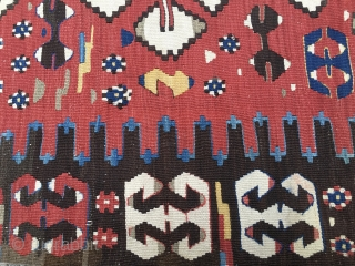 Powerful Western Anatolia Aydinli kilim strip. Cm 100x265 ca. End 19th century. Great ram horn pattern, glorious natural saturated colors. Condition: some minor oxidation, two tiny stains.
