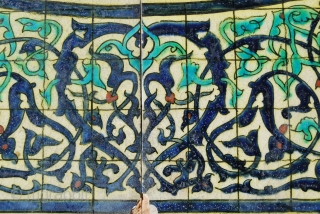 Two lovely glazed tiles with arabesque design. Cm 20x20 each. Probably early 20th century. Earlier? Later? Where from? No idea. Bought in Paris long time ago.
