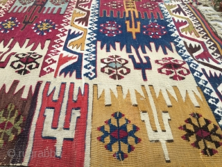 1001 color Reyhanli kilim just out of the blue. After long 140/150 years on the yaylas and in the black tents this wonderful example of tribal art has reached us rather in  ...