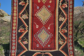 Central Anatolia, Kayseri prayer kilim. Cm 116x216. Old, in good condition. Not expensive. See more pics on fb: https://www.facebook.com/media/set/?set=a.10151524704789258.551162.358259864257&type=3