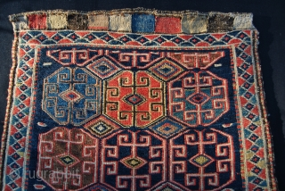 Shahsavan sumack bag face. Cm 52x54. Second half 19th c. Out of an Italian collection. Great saturated colors. In good condition.