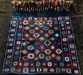 Azerbaijan verneh horse/donkey cover. Cm 82x92 plus tassels cm 26. Early 20th c. Wonderful verneh example in mint condition. Most colors seem natural. Fantastic tassel work. Never had something like this before.