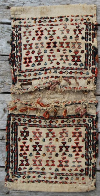 Shahsavan chanteh/khorjin. Cm 26x53. Late 19/early20th century. Worn, torn……..beautiful. Sumack embroidery, great colors.