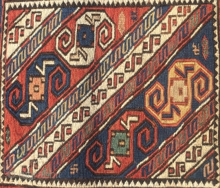 Sweet, rare Baku area sumack Dragon bag face. Cm 42x42. Roughly end 19th, early 20th c. Great pattern, great colors,