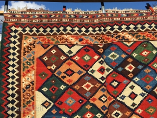 Qashqai kilim. Cm 150x230 ca. Late 19th or early 20th c. Great beauty, great colors, great pattern, great condition. For the beauty, for the state of conservation, for the dileks/wishes spread here  ...