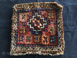 Qashqai knotted Quran holder or utility bag. Cm 35x35 ca., 35x70 open. Nice, high pile front, great lemon yellow kilim back. Antique, good colors. Condition as u see.