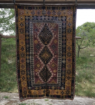 Yahyali kilim. Central Anatolia. Cm 117x183. Antique, wonderful, natural dyes, mint condition. More pics & infos on rq. p.s. first two pics show the back on a sunny day, while the other  ...