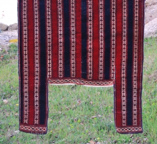 Horse blanket Yomut Goklan of Northern Iran. Cm 125x135. Early 1900. Red, blue, green, white. Very fine weave, roughly half a million knots per sqm. Beautiful natural dyes. Good condition, with a  ...