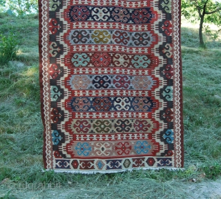 Balkan vintage kilim. Cm 140x284. Cotton & wool. Good condition. Not expensive.