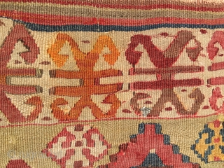 I bought this wrecked kilim 'cause I liked it with the idea of having it restored one day. More than 30 years passed by and I haven't done anything. Anatolian, wool, cotton,  ...
