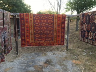 Wonderful one piece kilim from Tracia of great size: cm 315x390. Very interesting piece in good condition with real minor condition issues but great aesthetical values. Acquired 30/40 years ago from a  ...