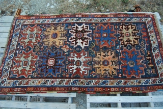 Daghestan rug, Lesghi star design. Cm 135x235. Early 20th century, good condition, high pile, few minor restorations.