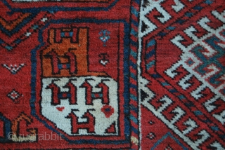 Kizil Ayak pile rug. Big & beautiful. Size is cm 225x470 or ft 7.4x15.4 ca. Second half 19th century. Tauk nuska and checmche gulls. Sarkhalka borders. Full, detailed pics and all infos  ...