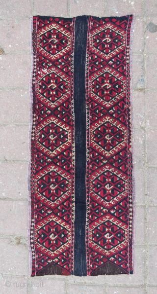 Bergama area wonderful antique sumack kind panel. Cm 43x110. Datable 1880/1890. Lots of gold and silver metal thread.