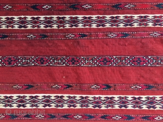 Ak Cuval Tekke (Salor 4 the previous owner). Cm 75x110. 2nd half 19h c. Lovely different reds: madder & cochineal. Great condition. Intense beauty and sweet simplicity..