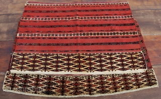 Two great & lovely Turkmen Tekke Ak cuvals. Cm 70x130 and 75x110. Great age, great colors, great conditions.