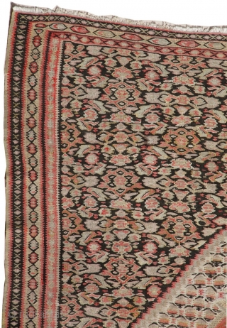 Finest quality Antique Persian Senneh Kilim rug. This Senneh Kilim is around 85, 90 years old and is in perfect condition. This unique piece reflects the fine details of Persian Senneh rugs.