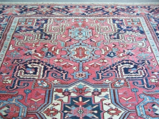 Heriz carpet good condition 2,85*3,85 nice border and decorative