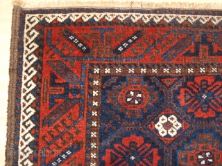 Antique Baluch rug from Khorassan region of Eastern Persia with a well drawn mina khani lattice design. www.knightsantiques.co.uk 