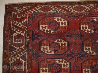Antique Kizyl Ayak Ersari Turkmen main carpet with the 'tauk nuska' ' gul design; each segment of the gul contains two double headed birds. www.knightsantiques.co.uk Size: 9ft 5in x 6ft 8in (286  ...