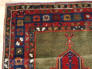 Antique Turkish Isiklar village prayer rug of classic design with superb green to the field above the mihrab. www.knightsantiques.co.uk Size: 5ft 11in x 3ft 8in (180 x 112cm). 