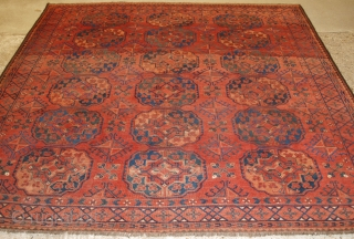 Antique Ersari Turkmen main carpet from Southern Turkmenistan or Northern Afghanistan. www.knightsantiques.co.uk   Circa 1880 or earlier.  This fine carpet has 3 rows of 6 large goli guls with large diamond shaped minor guls  ...