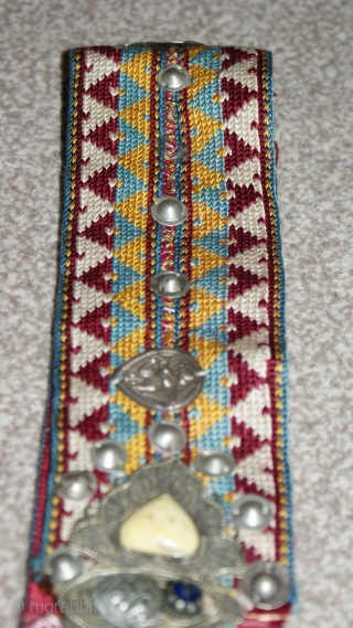 Antique Uzbek cross stitches belt, Spectacular silver, and colours. Offered fair price.