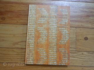 5 Oriental Rug Books:    Oriental Rugs, Bennett, 1981, dust jacket, hard cover. very good. Aus der Welt des Kilim, Galerie Sailer, 1984, hard cover, very good. Seltene Orientteppiche #6, Herrmann, 1984, hard cover, very  ...