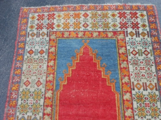 Turkish Prayer rug. early 20th century, 3-5 x 5-0 (1.04 x 1.52), original ends and edges, slight wear, good condition, rug was hand washed, ends overcast, plus shipping.