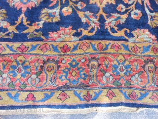Persian Mahal, early 20th century, 10-6 x 13-6 (3.20 x 4.11), worn, holes, needs wash, plus shipping.