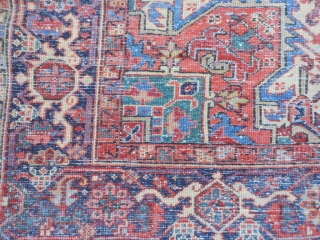 Persian Heriz Goravan, circa 1920, 7-9 x 10-9 (2.36 x 3.28), good condition, rug is clean, ends have been overcast, butter background, slight wear in places.