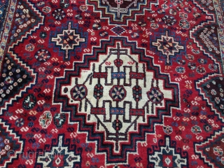 Persian rug antiqe mint condishen size:255x166-cm ask
