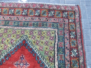ANTIQUE MOROCCAN CARPET Size: 220x147-cm / 86.6x57.8-inches