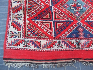 ANTIQUE TURKISH CARPET HAND WOVEN  Size:194x154-cm  / 76.3x60.6-inches Year: 1900-1930