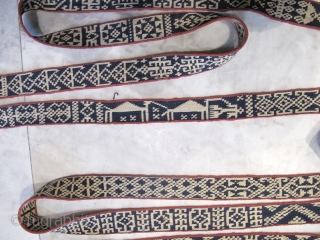 Antique Qashqaee Bond   Circa 1900  650x5 Cm  P.O.R