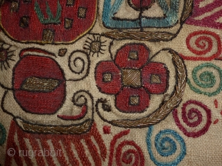 Antique textiel 70x76cm