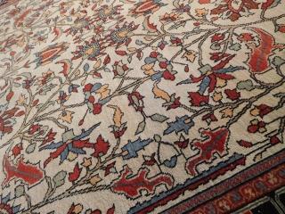 51'' x 81''  circa 1890s Farahan Sarouk  lovely piece